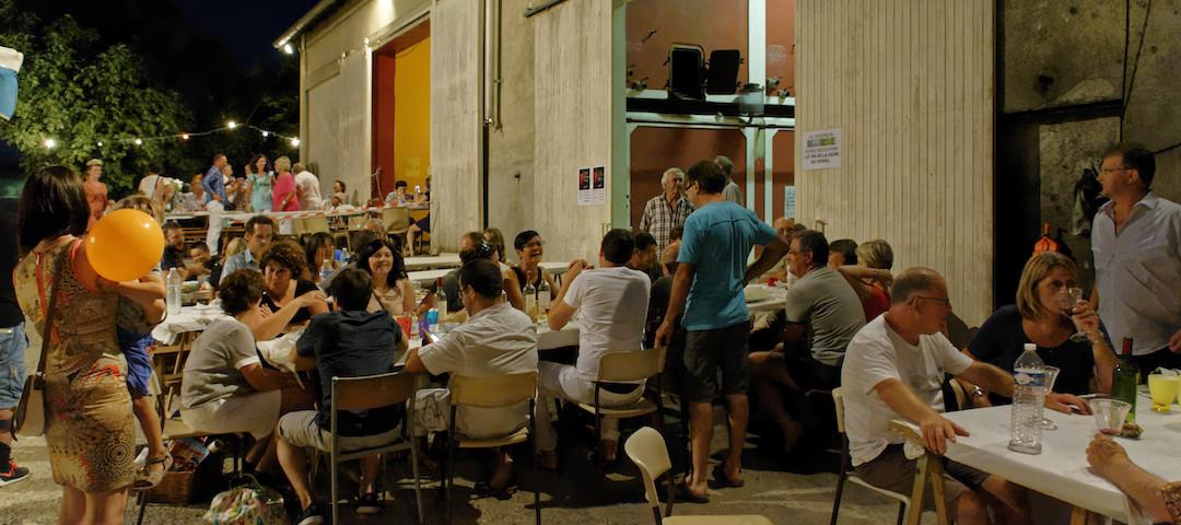 """Repas à notre """"marché gourmand au vignoble"""" avec des produits du terroirs - Tourisme et Oenotourisme"""