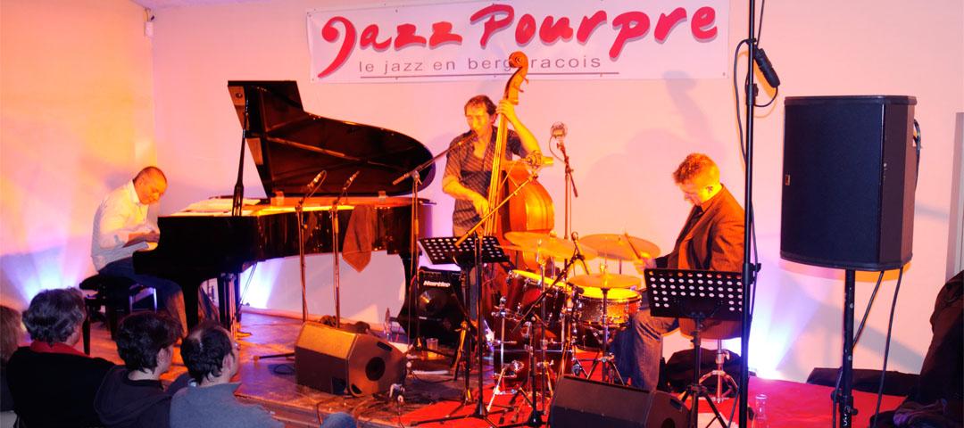Musique et jazz en chai au vignoble du Domaine du Siorac