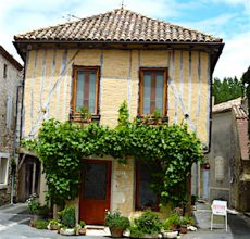 Office du tourisme d'Issigeac, partenaire touristique des vins de Bergerac du Domaine du Siorac.